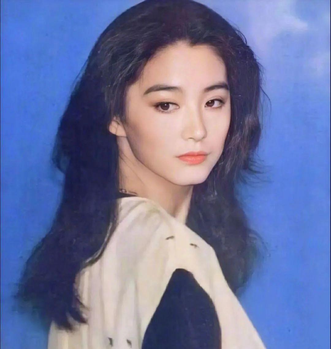 妹子写真 -年轻版林青霞和韩国美女金智秀,你更喜欢哪位呢?_图片 No.8