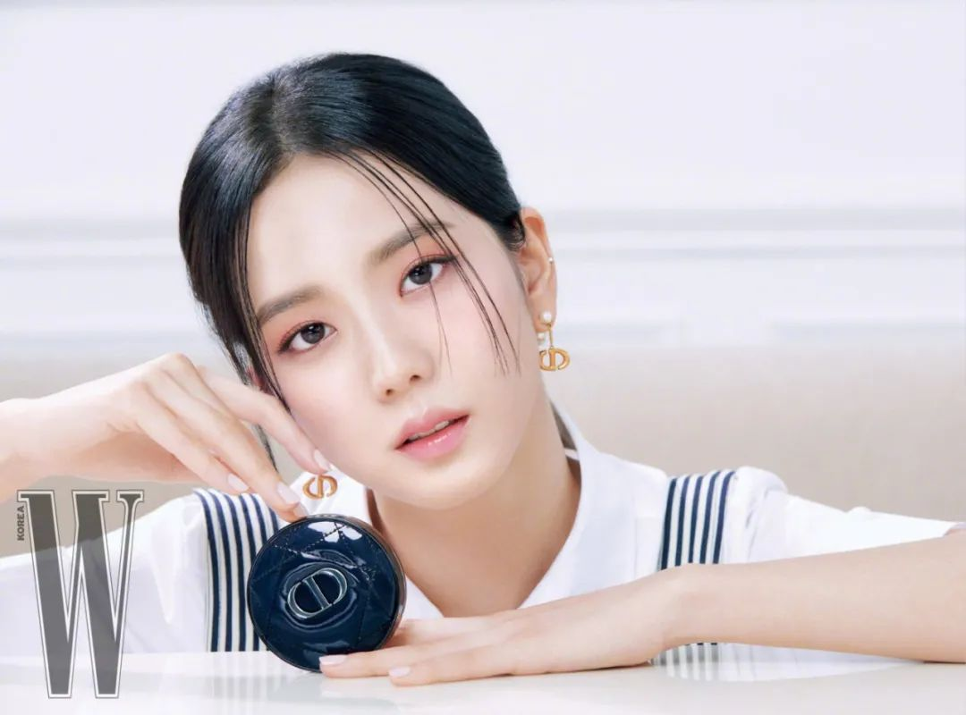 妹子写真 -年轻版林青霞和韩国美女金智秀,你更喜欢哪位呢?_图片 No.14