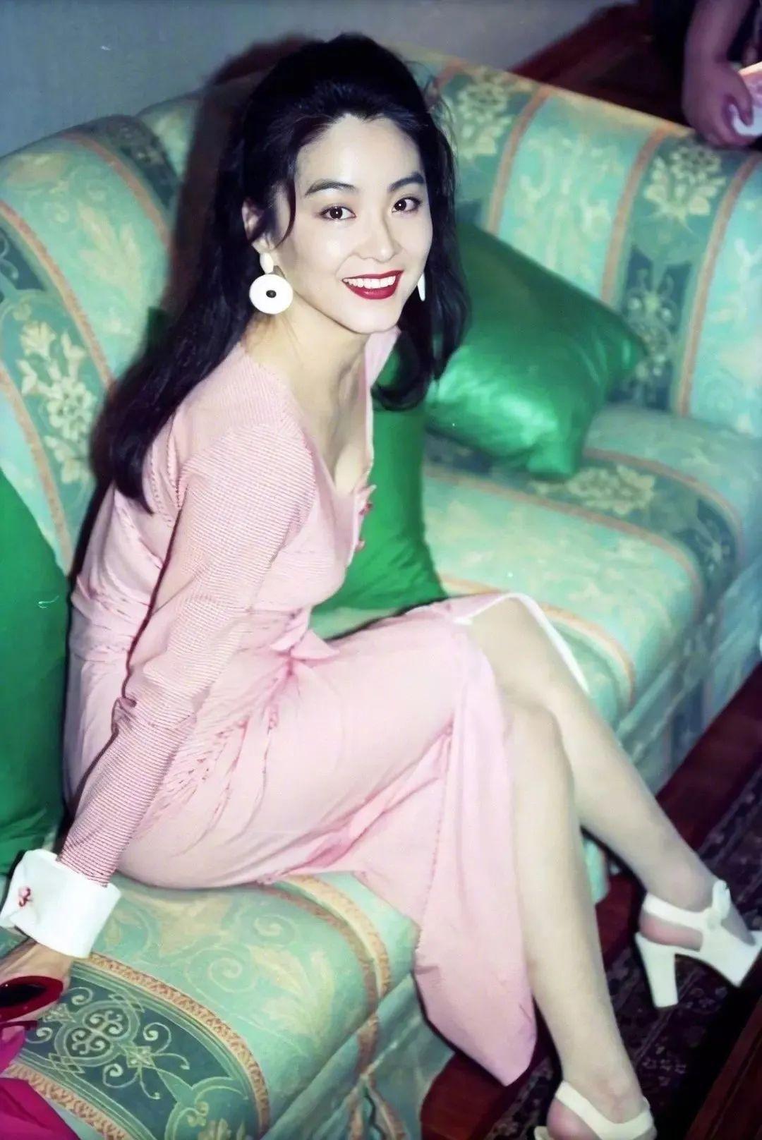 妹子写真 -年轻版林青霞和韩国美女金智秀,你更喜欢哪位呢?_图片 No.7