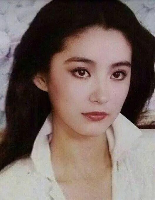 妹子写真 -年轻版林青霞和韩国美女金智秀,你更喜欢哪位呢?_图片 No.5